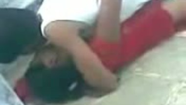 Desi college girl fucked by lover in roof top mms