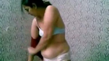Punjabi bhabhi blowjob and sex with secret lover