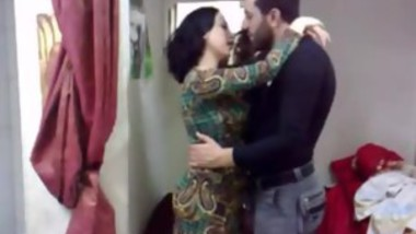 Pakistani Married Couple Sex - full video on hotcamgirls.in