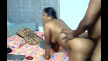 Mature aunty making her hardcore tamil sex mms with neighbor