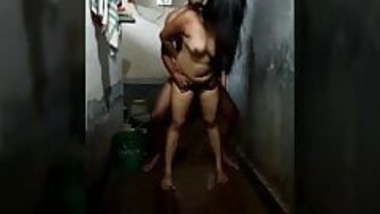Indian Bangali Couple Sex In Bathroom