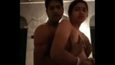 Illegal Affair With Desi Aunty