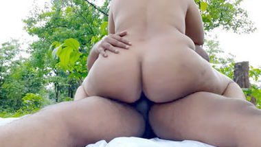 Desi sexy fatty bhabi fucking outdoor