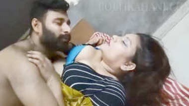 Desi bbw aunty romance with husband best friend