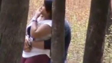 College Lover Daring Blowjob in park