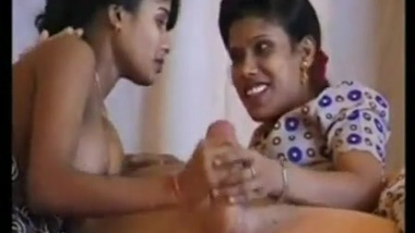 Indian porn blog presents 2 call girls with 1 client