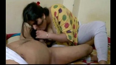 Indian Version Of CFNM – A Nice Blowjob