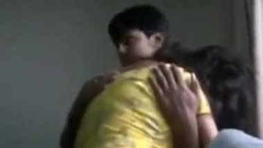Indian (DESI) hot love birds steamy XXX session